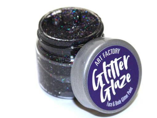 Art Factory Glitter Glaze es ideal para agregar acentos brillantes a tus diseños de pintura facial o para crear diseños completos con brillo. Esta pintura con brillo funciona mejor con niños mayores, ya que toma tiempo para que el producto se seque sobre la piel Glitter Glaze Face & Body Glitter Paint - Black